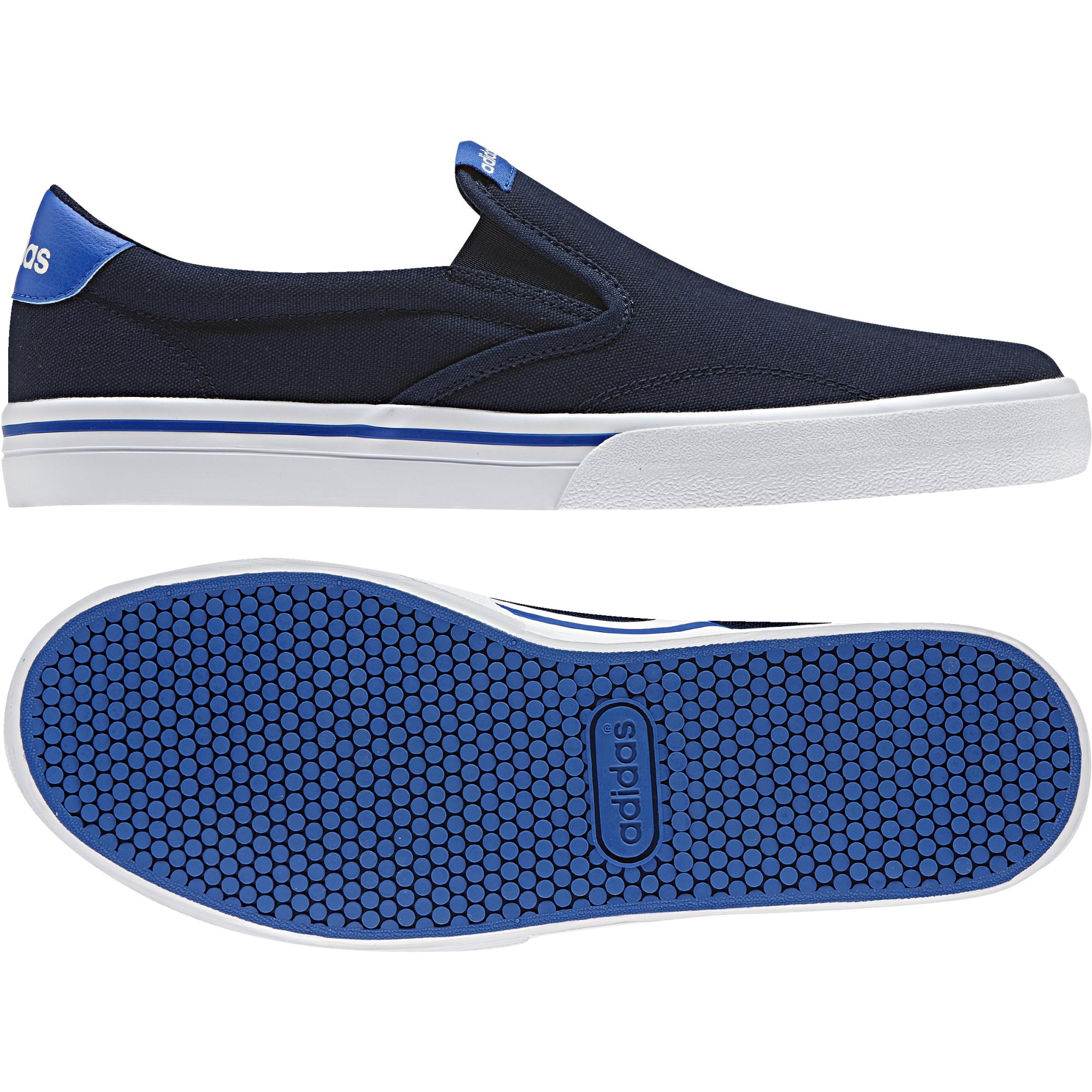 1536a9dac Pánske slip-on topánky adidas GVP SO modré. Moderné slip-ony pre vychádzky  plné pohodlie.