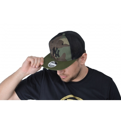 9FIFTY MLB TRUCKER WASHED CAMO SNAPBACKBACK NEW YORK YANKEES